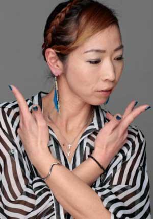 ソウタの母でダンス講師の島雄泰枝